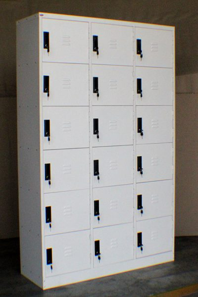 18-Comp-Locker